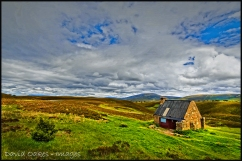 Ryvoan-Bothy,-Ryvoan-Pass,-Abernethy-Forest,-Cairngorm-0569_