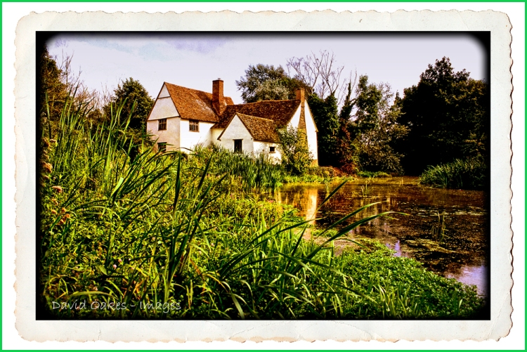 Willy-Lotts-Cottage-tt  Postcard Deckle