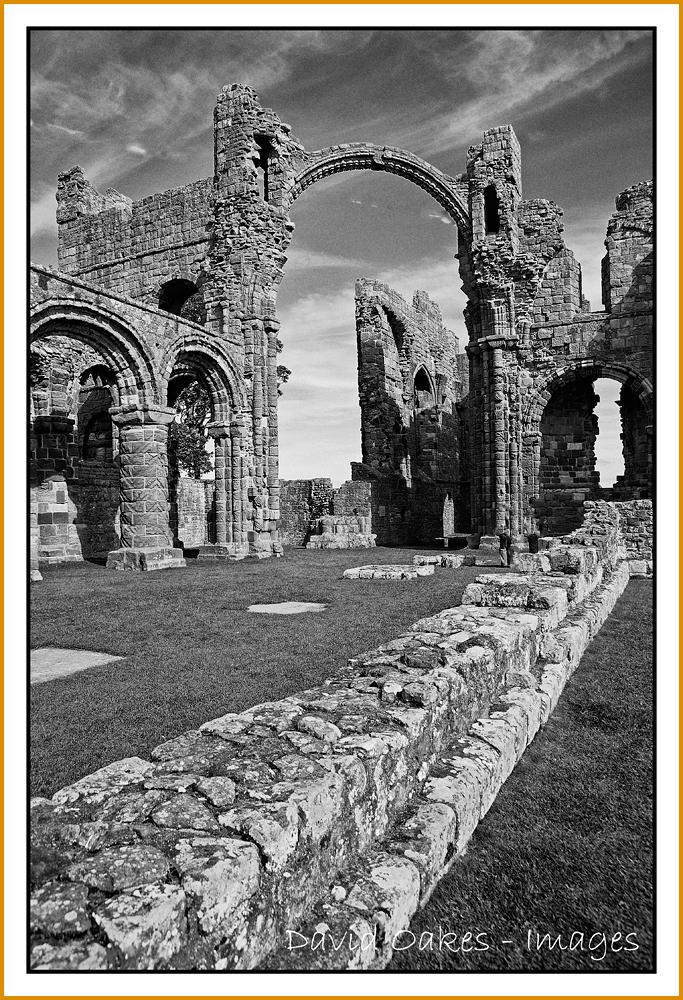 Lindesfarne-Priory