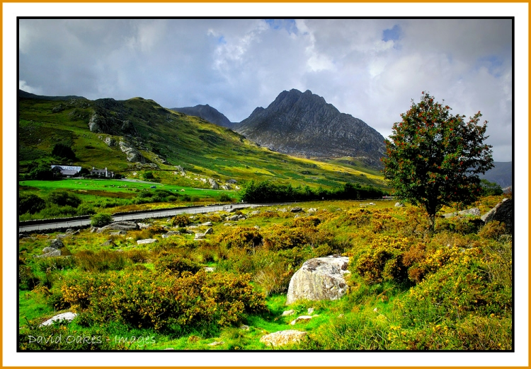 TRYFAN-from-the-OGWEN-VALLEY-42