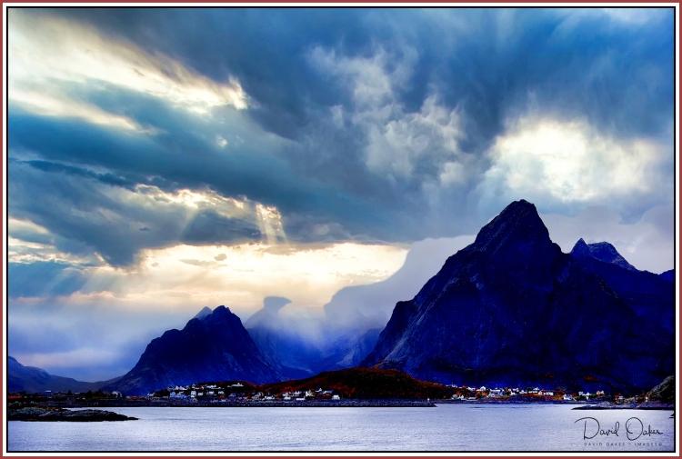 Storm Clouds Reine