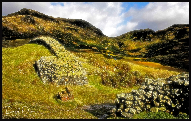 10-Hardknott-Fort--high-on-the-CUMBRIA-FELLS
